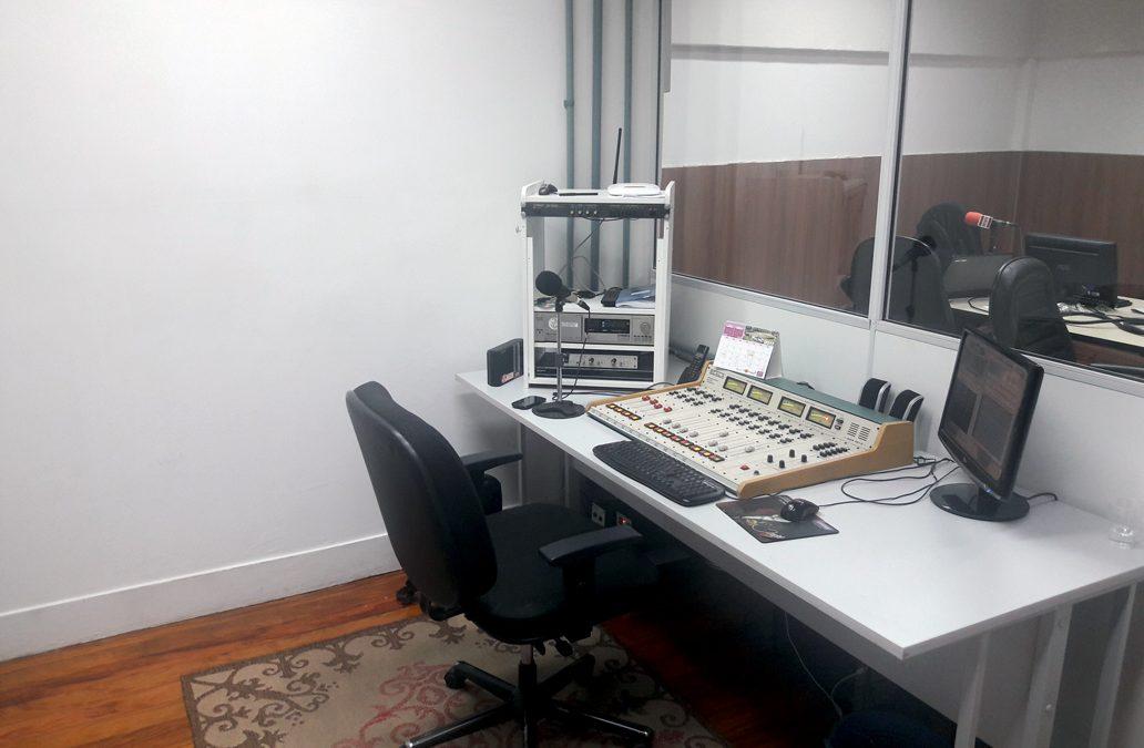 Rádio Municipalista começar a operar em suas novas instalações
