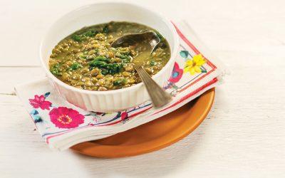 Sopa de lentilha com espinafre