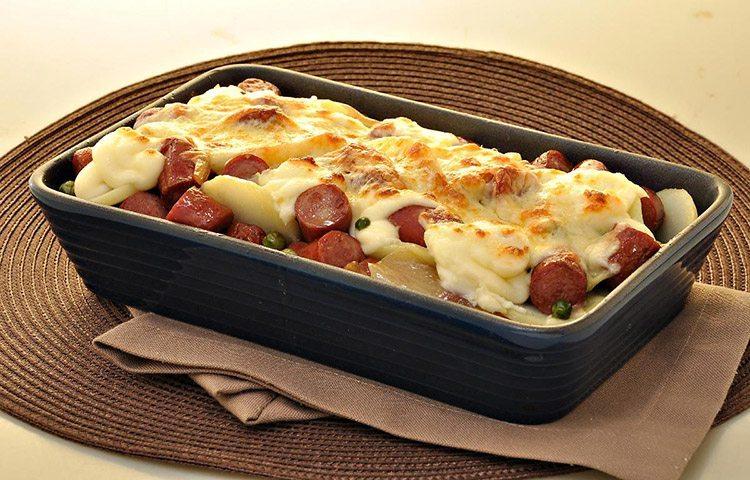 Gratinado delícia de batata e linguiça
