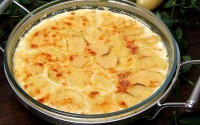 Enformado de Batatas com Mussarela e Parmesão
