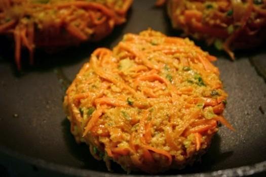 Hambúrguer de cenoura