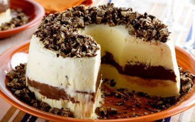 Bolo de sorvete com brigadeiro