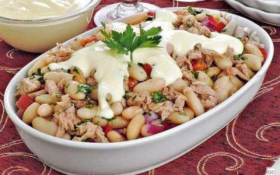 Salada de atum com feijão-branco