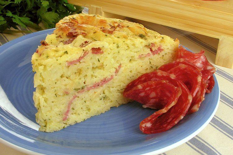 Torta de batata com salame
