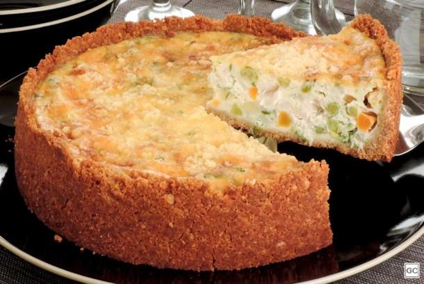 Torta de palmito com legumes