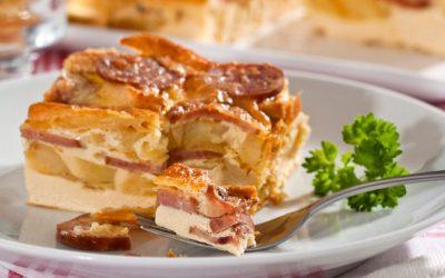 Torta de liquidificador de batata e linguica