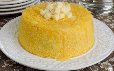 Cuscuz nordestino com queijo coalho