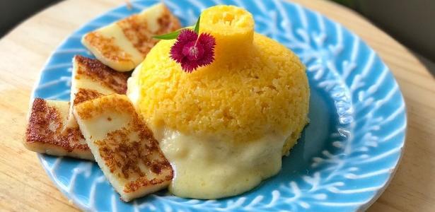 Cuscuz recheado de queijo
