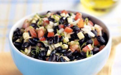 Salada de feijão-preto